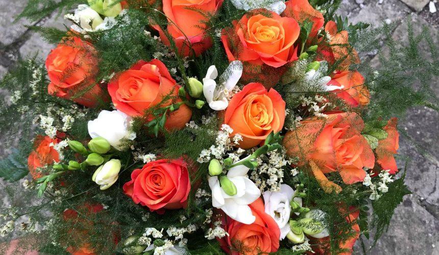 Retro kytice k výročí svatby