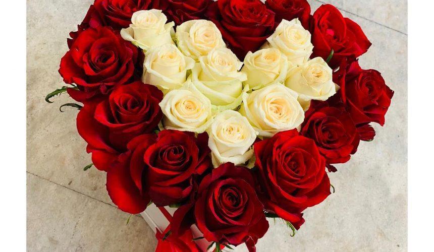 Květinový box - srdíčko (Květinářství GALERIE)