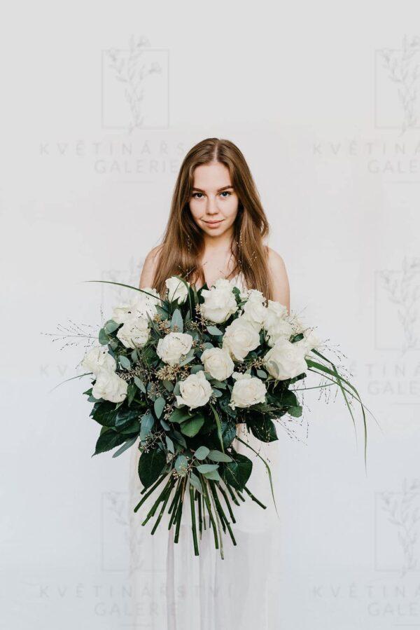 Kytice bílých růží - dovoz/rozvoz Brno