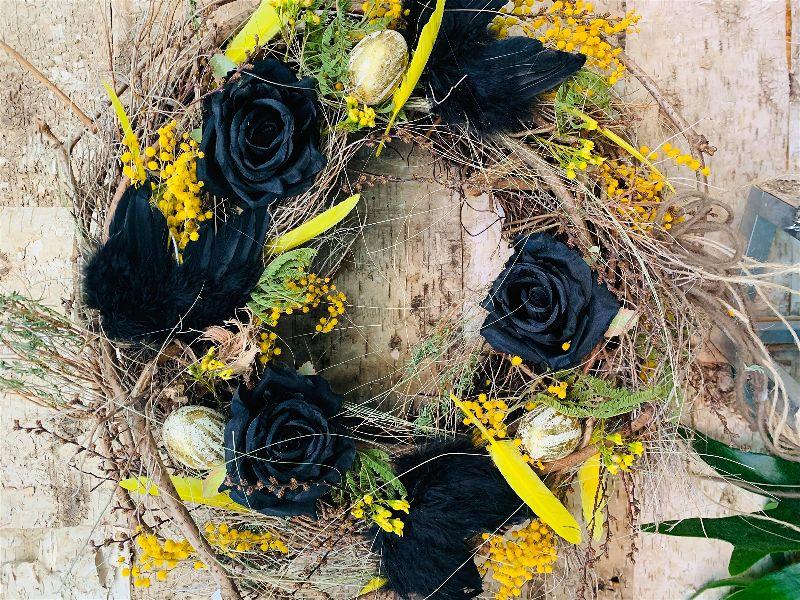 Velikonoce klepou na dveře – přivítejte je květinovými dekoracemi a jarními věnci