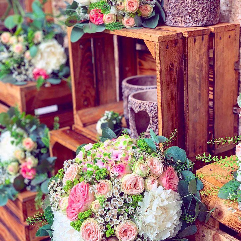 Svatební kytice a výzdoba