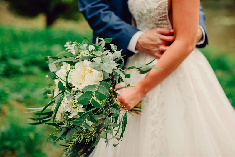 Svatební kytice a výzdoba na svatbu – jak si vybrat, abyste byly spokojené?